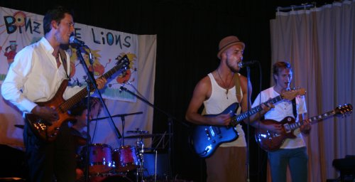 Binz and the Lions im Adlersaal in Isny
